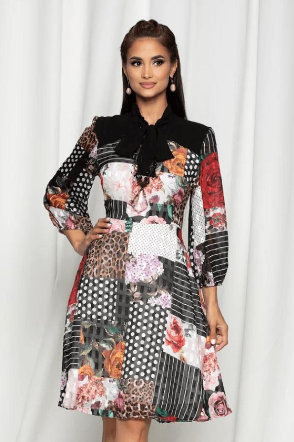 Rochie eleganta in clos din voal cu imprimeuri diverse