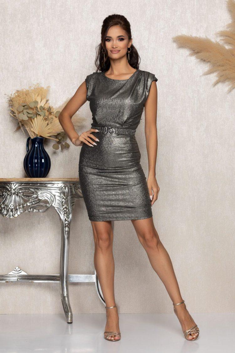 Rochie eleganta scurta argintie incretita lateral