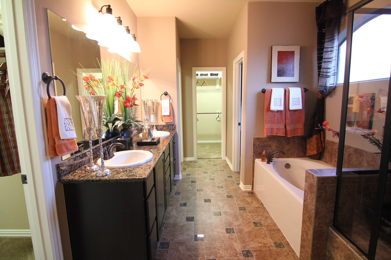 Tuscany Homes - Bathroom