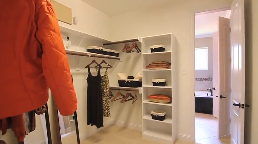 closet - Tuscany  Woods - Drake Homes inc
