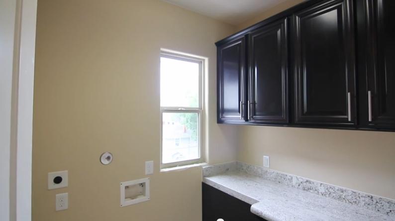 3332 Graustark - Laundry Room