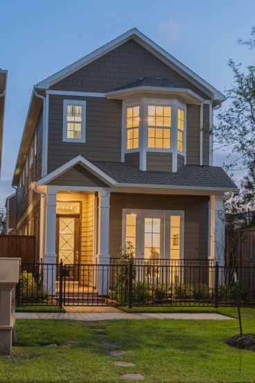 exterior elevation Ashland Square by Drake Homes Inc. The Columbia Floorplan. http://drakehomesinc.com/?communities=ashland-square