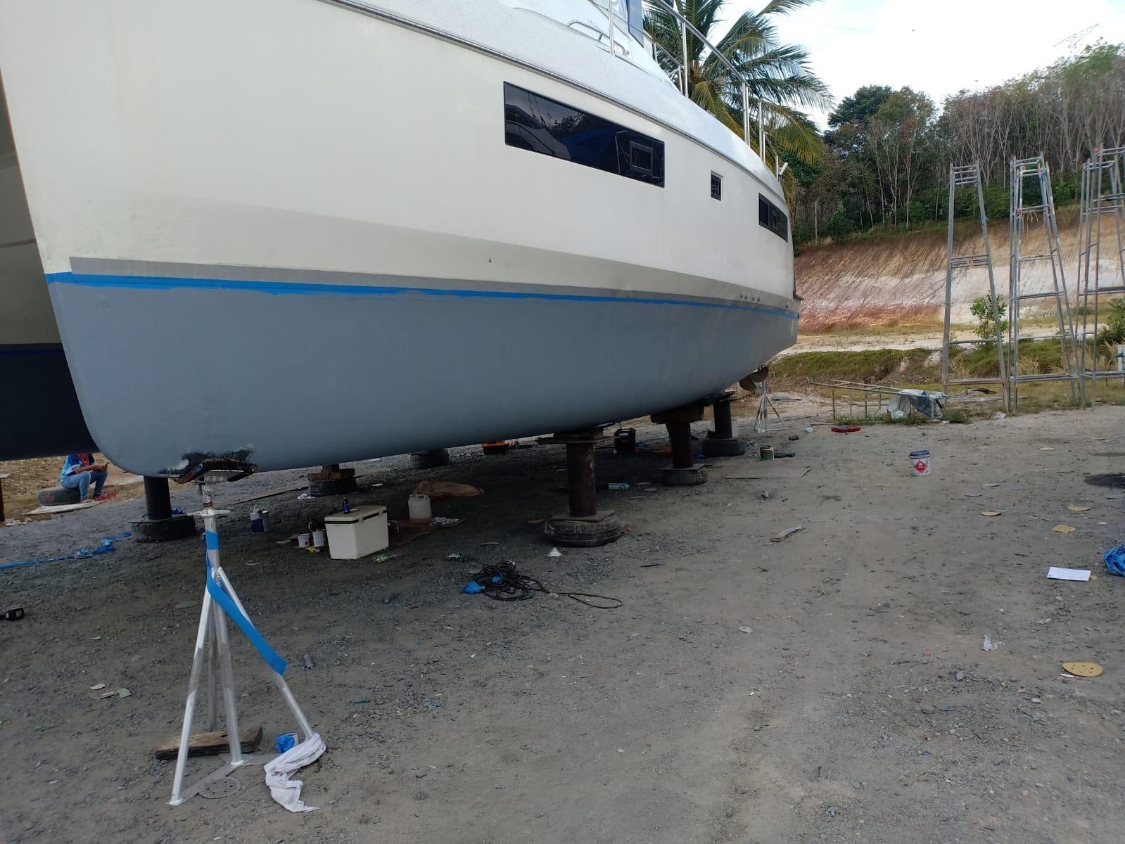 Leopard Catamaran Antifouling Phuket Thailand