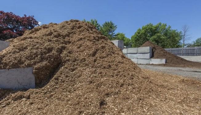 Bulk garden mulch