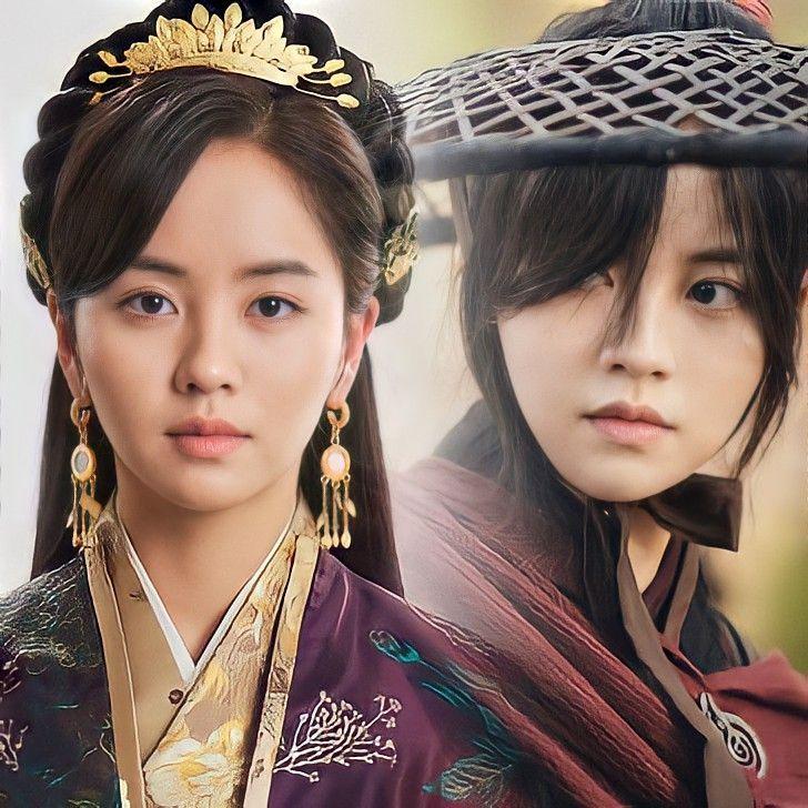 Kim Soo Hyun sebagai Puteri Pyeonggang/ Yeom Ga Jin
