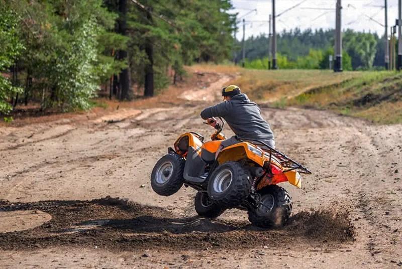 11860 Vista Del Sol, Ste. 128 accidentes de vehículos todo terreno, lesiones y tratamiento / rehabilitación quiropráctica