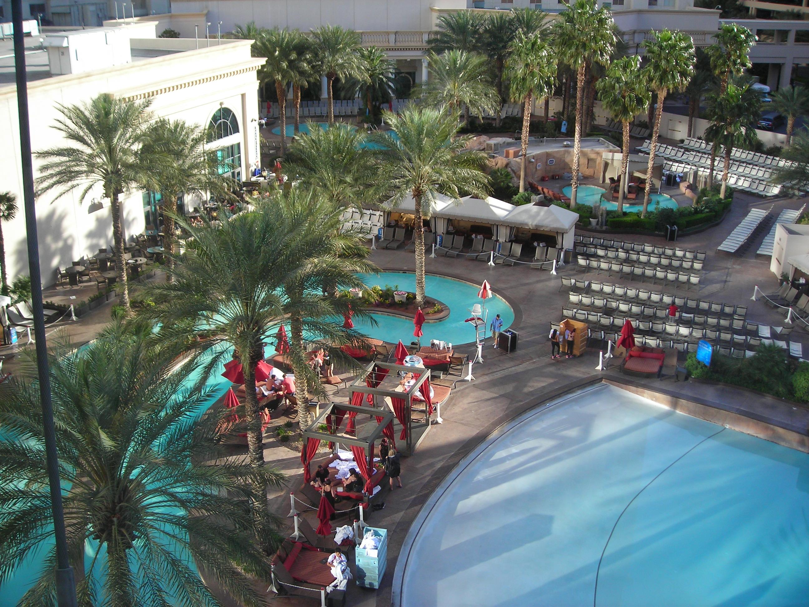 Las Vegas Walking Tour Day 2 Travel2X2