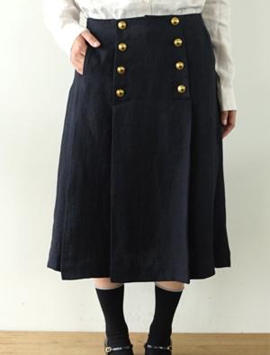 リゼッタのスカートがレトロ可愛い
