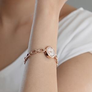 カナルのチェーンブレス時計可愛いけど売り切れ、涙