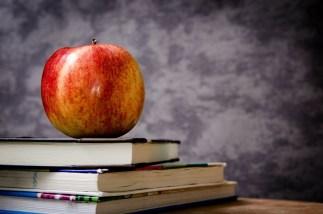 teaching apple