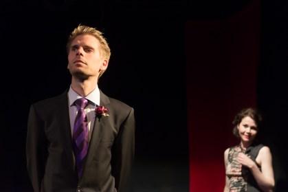 Lord Goring, hinten Laura Cheveley, Foto Alexander Zipes