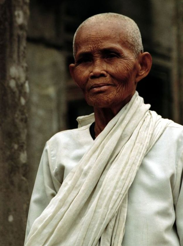We should all age so well. The best Alzheimer's supplements for this Female Buddhist lay rununciant at en:Angkor Wat, Siem Reap, Cambodia (January 2005). Photo by Peter Rimar.