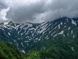 危険は図に乗り始めた頃にやってくる。夏山で滑落事故を起こしそうになった安易な行動