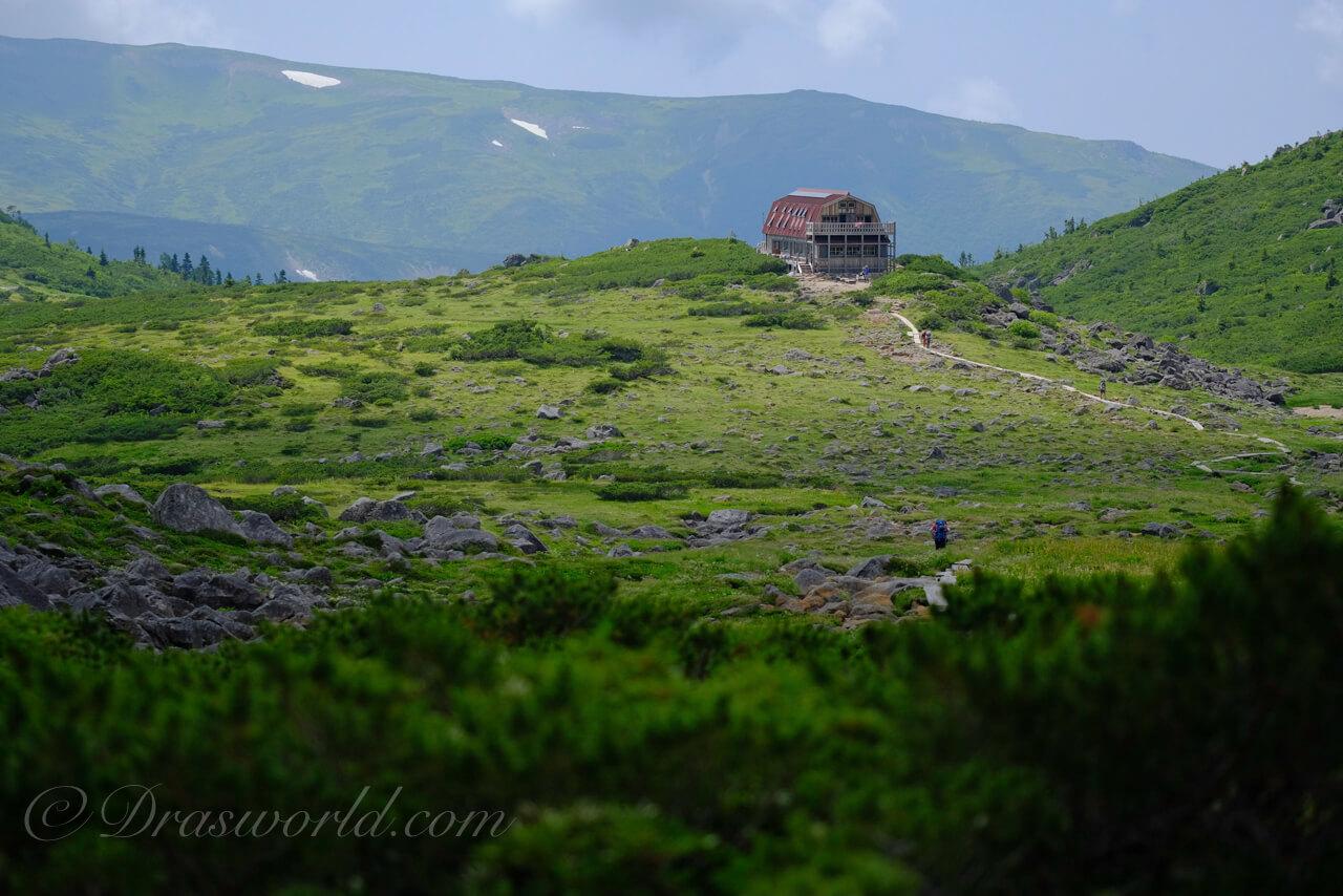 XF90mmで撮影した雲ノ平山荘