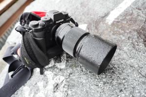 隠れ万能レンズ XF90mmF2 R LM WR をアウトドアフィールドで1年使った感想