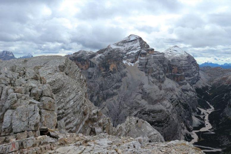 Aussicht vom Vallon Bianco in den Dolomiten