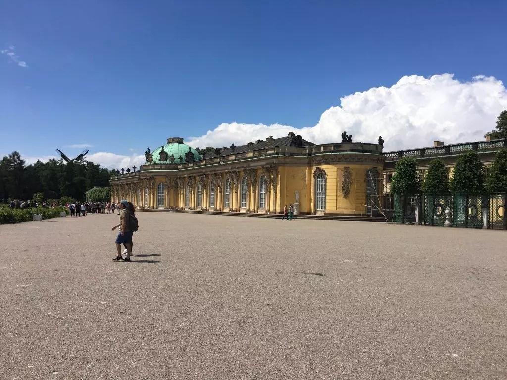 Das Schloss Sanssouci in Potsdam