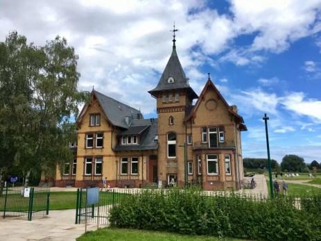 Eingang und Villa in der Wasserkunst Kaltehofe