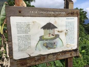 Infotafel zur Bauweise der Tairona-Indianer in der Verlorenen Stadt