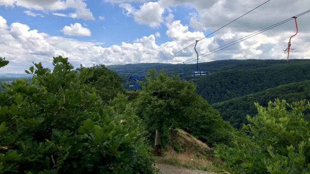 Abstieg vom Klettersteig unterhalb der Seilbahn