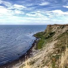 Schroffe Steilküste am Ufer der Ostsee bei Boltenhagen