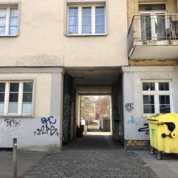 Hofeinfahrt an der Veringstraße in Hamburg Wilhelmsburg