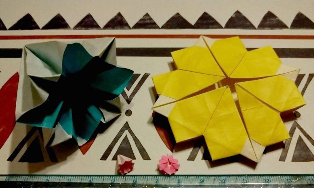 Tiny origagmi flowers