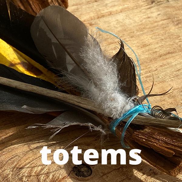 totems header II