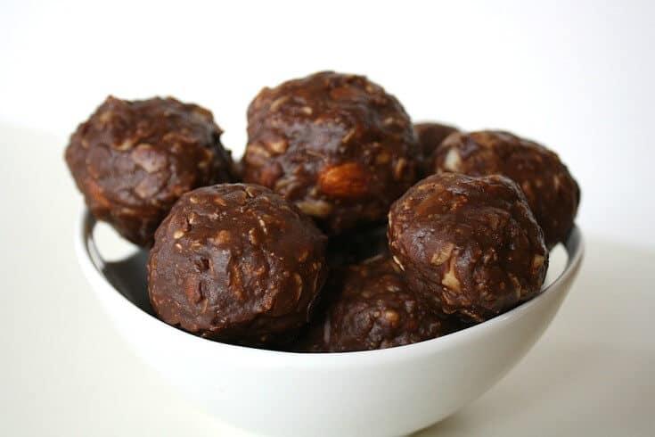 Chocolate Oat Balls Bites