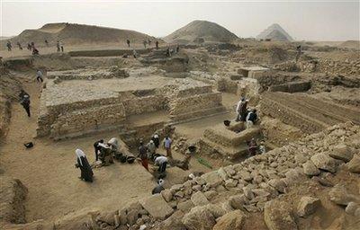 Mideast Egypt New Pyramid