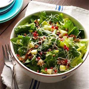 Apple-Pomegranate Salad