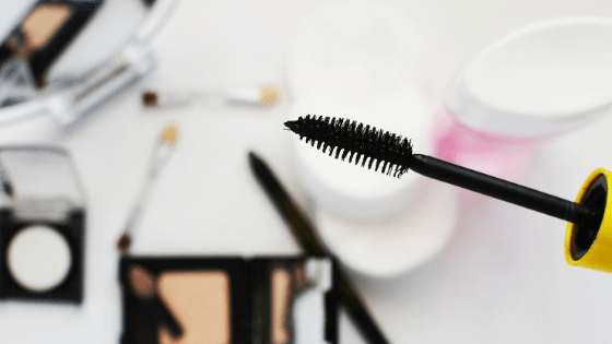 Mascara, one of many darkly pigmented cosmetics and personal care products that often contain the toxin carbon black.