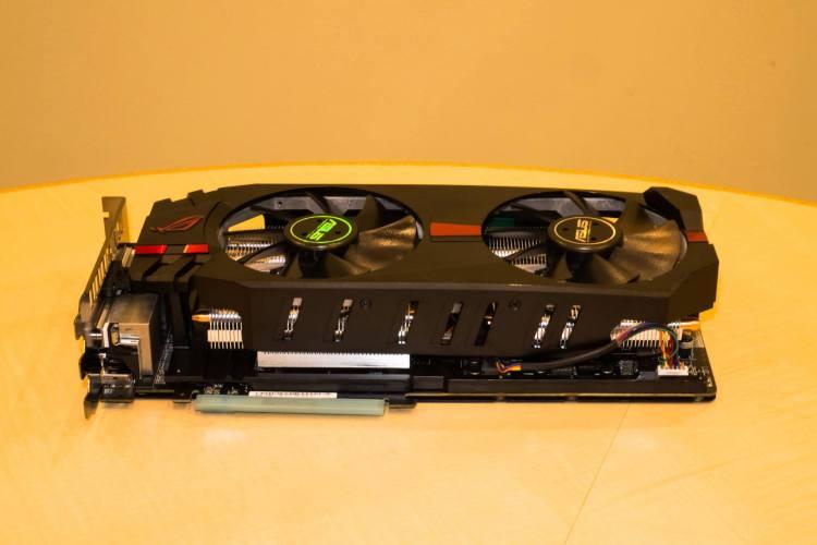 ASUS-Radeon-R9-280X-ROG-Matrix-5