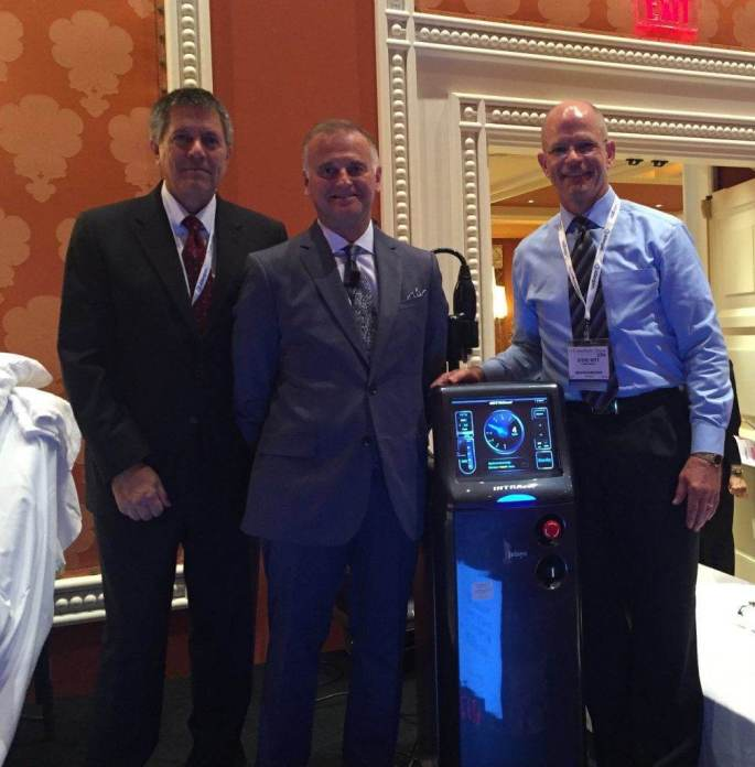 Greg Chernoff presents new technology at the 2016 Aesthetics Show.