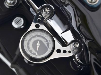 … bei der Tachohalterung folgte der Customizer dem Design, das die schon vorhandenen Räder vorgegeben hatten
