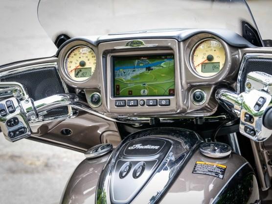 Das Bildschirm-Menü der Indian ist um Längen besser
