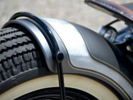 """Dank Sonderanfertigung von """"Penz"""" schmiegt sich der Fender eng über den Reifen"""