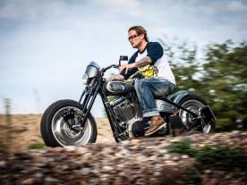 Schlanke Linie, taffe Räder: Martin von MB Cycles steht auf Grobstolliges