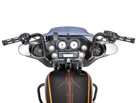 Auf der El Patron II thront ein 14 Zoll hoher Lenker, der mit Edge-Cut-Griffen von Harley-Davidson geschmückt wurde