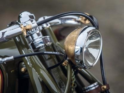 Eine alte Philipps-Fahrradlampe hat ein zweites Leben gefunden