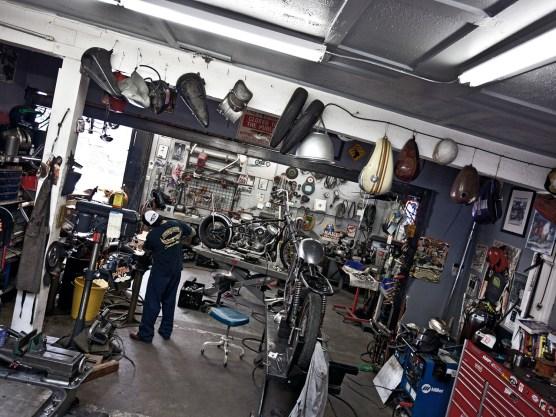 In der stilvoll eingerichteten Werkstatt entstehen die derzeit angesagtesten Umbauten der Szene