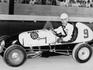Seinerzeit erfreuten sich die kleinen Autos großer Beliebtheit. Zahlreiche bekannte Rennfahrer starteten in diesen flotten Kisten mit freistehenden Rädern ihre Karriere