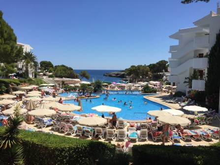 Mallorca Hotel Pool Meerblick