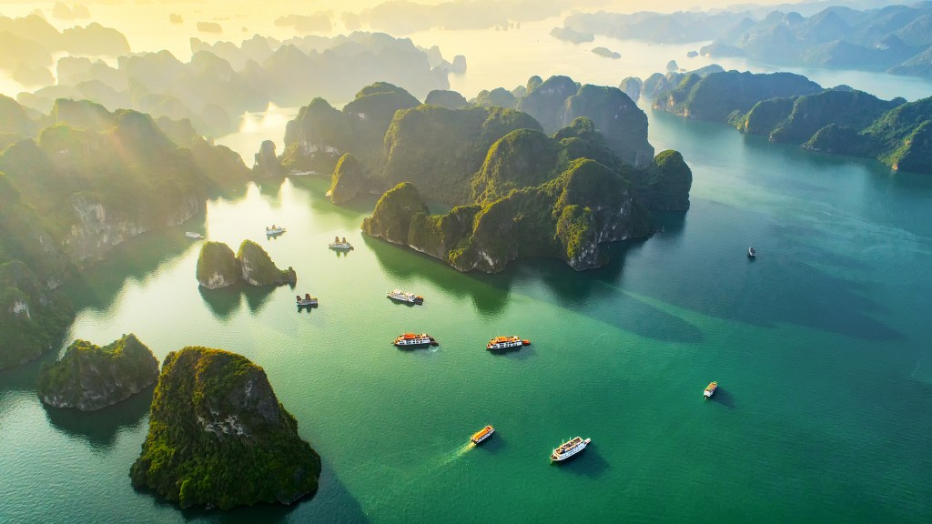 Vietnam where to stay, eat, drink & play