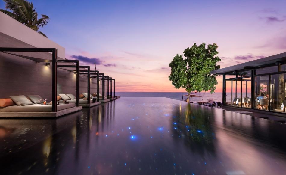 Aleenta Phuket Resort & Spa, Phuket infinity pool