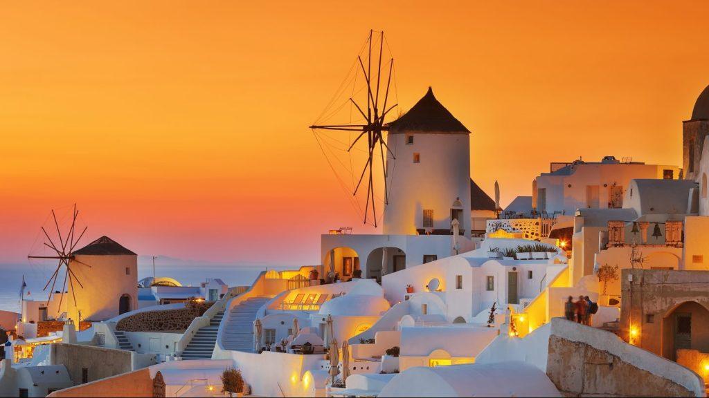 World's most beautiful sunset at Oia in Santorini, Greece