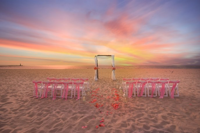 saugatuck wedding planners coordinated this beach wedding in south haven