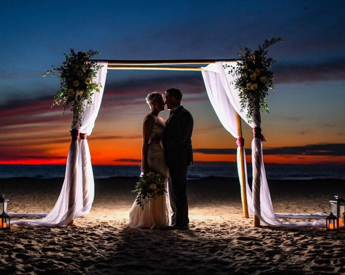 elope in south haven michigan on the beach