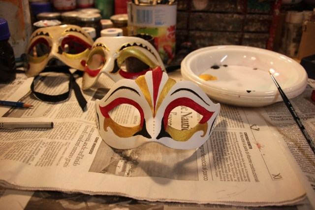 Hand painting a Venetian carnival mask - my efforts so far!