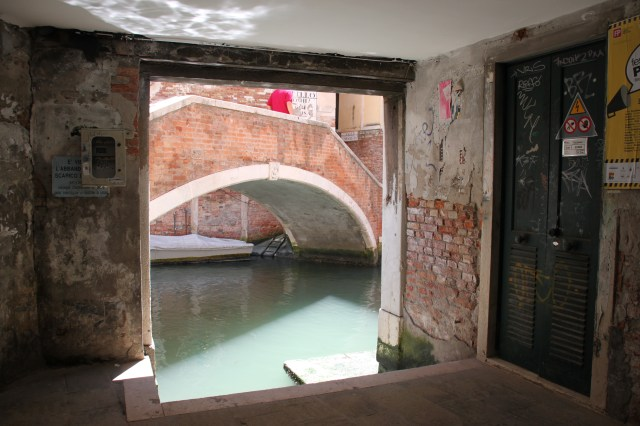 Wandering through Venice's alleyways and underpassages
